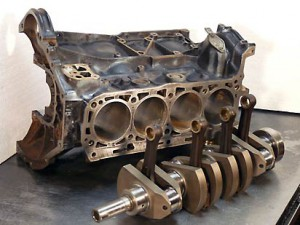 mercedes-motor1-2